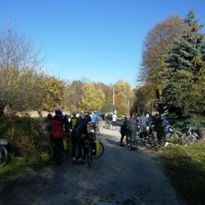 """XVII Rajd rowerowy """"W poszukiwaniu jesieni"""""""